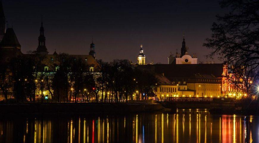 miasto Wrocław - centrum nocą